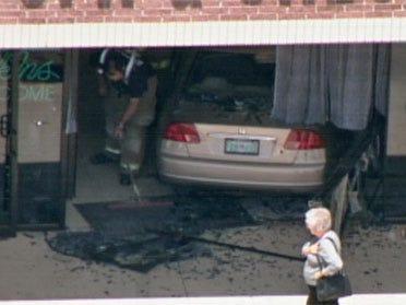 Car crashes into southwest OKC salon
