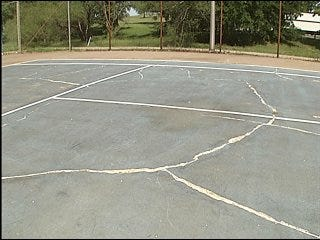 High school students seek practice tennis court