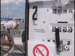 Gas prices sink boaters' plans