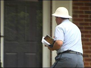 Police deliver mail warning
