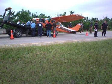 Engine problem prompts emergency landing