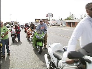 Bikers push for peace