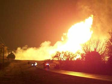 Gas line explosion injures 2