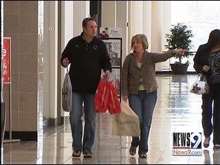 Retailers Work around Struggling Economy