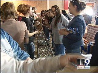 Metro Students Volunteer for Thanksgiving