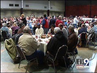 Salvation Army Provides Thanksgiving Dinner