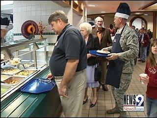 Service Men, Women Attend Tinker Feast