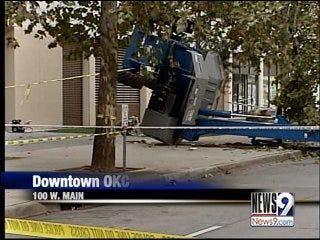 Man dies from falling off cherry picker