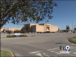 Dillard's is closing at Crossroads Mall