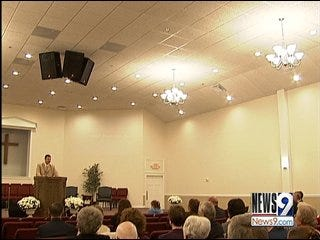Coffeyville church holds first service in new home