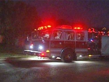 Carbon monoxide poisoning sends 4 to hospital