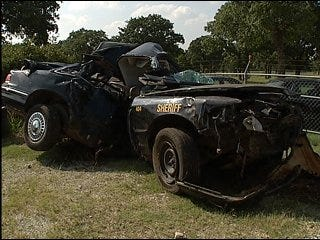 Deputy's record questioned after crashes