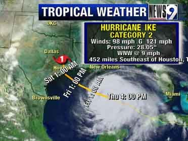 Ike blowing toward Galveston
