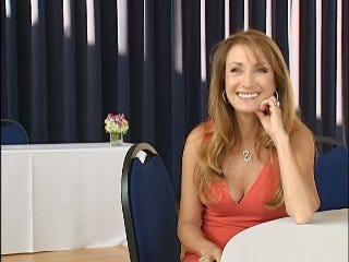 NEWS 9 sits down with Jane Seymour