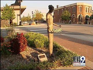 Edmond approves religious statue despite outcry