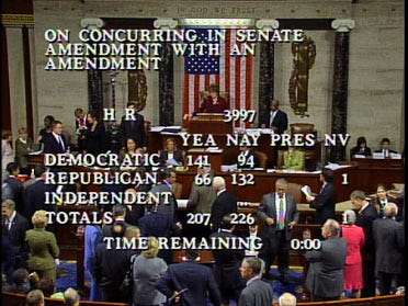 House rejects $700 billion bailout proposal