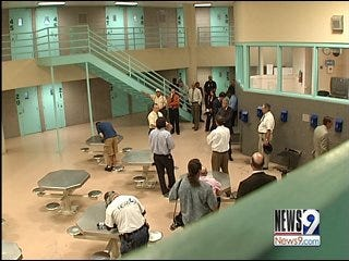 Committee focuses on improving county jail