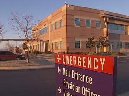 Garth Brooks Sues Yukon Hospital for Half Million