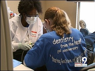 Chickasha Dentist Offers Free Dental Work