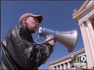 Oklahomans Protest Stimulus Spending at Capitol