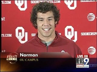 Sam Bradford to Stay at OU