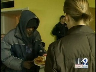 Man Delivers Pizza, Blessings to Homeless