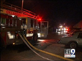Early Morning Metro Apartment Fire Wakes 3