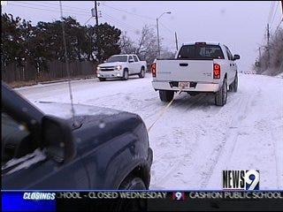 Good Samaritans Help in Winter Weather