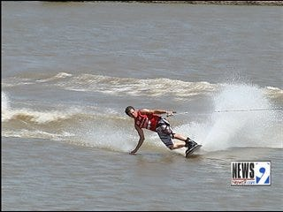 Oklahoma River Hosts Wakeboard National Championships