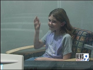 Anonymous Donor Gives Girl New Hearing Aids