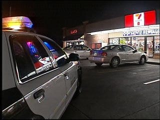 4 Injured in Gas Station Stabbing