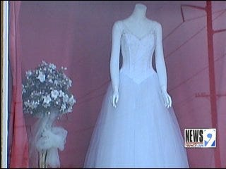 Frustrated Brides Get No Answers from Peggy's Bridal