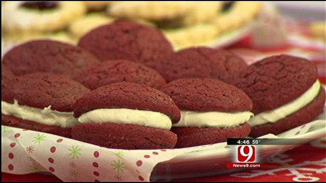 Red Velvet Whoopie Pie With Peppermint Frosting