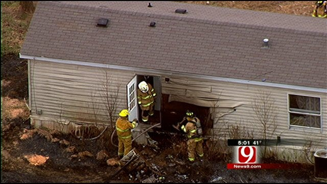 Neighbor Rescues 2 Children From Burning Home In Luther