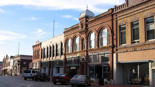 Enjoy A 19th Century Christmas In Downtown Guthrie