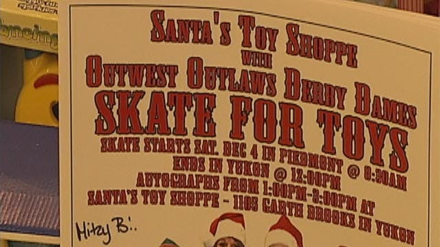 Roller Derby Team To Help Bring Christmas Toys To Needy Children
