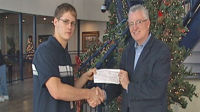Teen Meets Goal Of Feeding People In Need For Thanksgiving