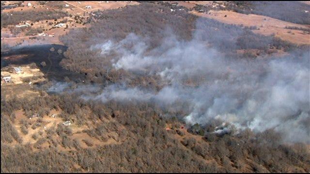 Firefighters Battled Large Grass Fire Near Pink