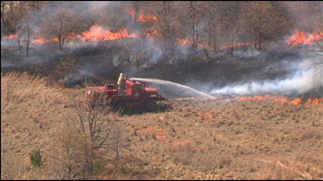 Wildfire Threat Rages In Oklahoma Thursday