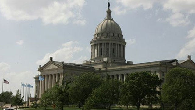 State Senate Approves Bill Ending Collective Bargaining