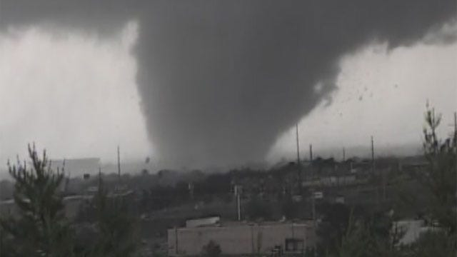 Oklahoman In Tuscaloosa Aids Storm Victims