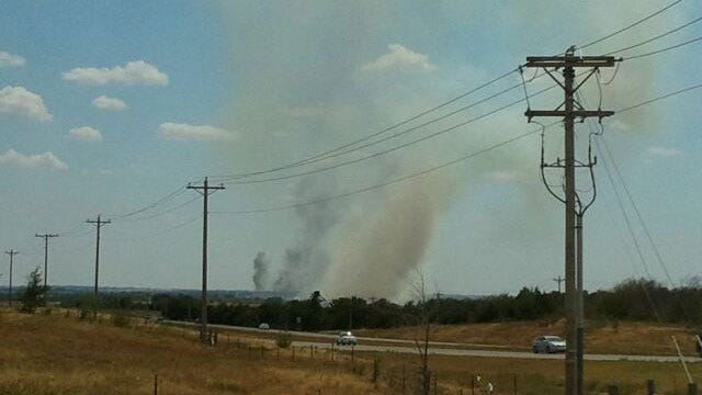Multiple Fire Departments Extinguish SW OKC Grassfire Threatening Homes