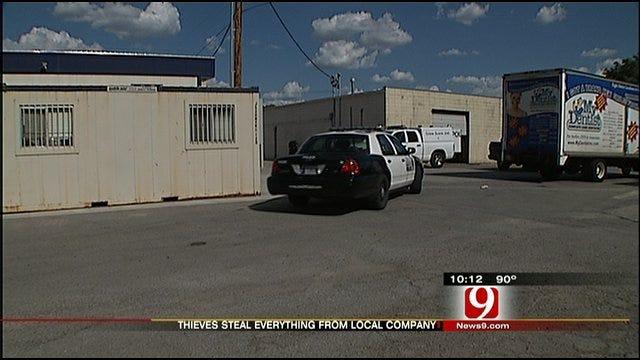 Thieves Strip Oklahoma City Business Clean
