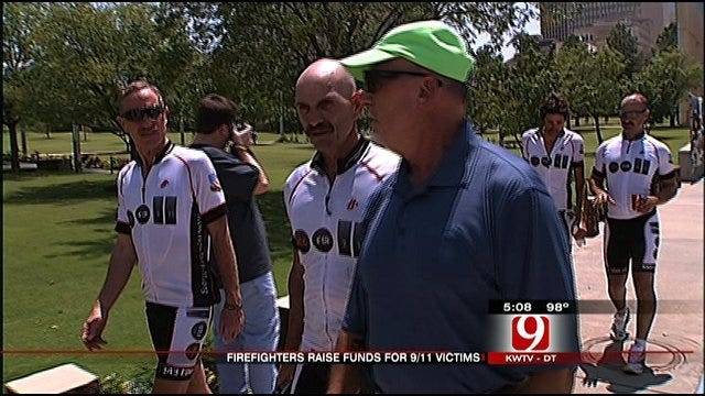 Firefighters Honoring 9/11 Victims Ride Into Oklahoma City