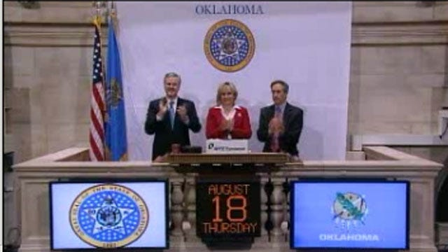 Governor Mary Fallin Rings Opening Bell On Wall Street