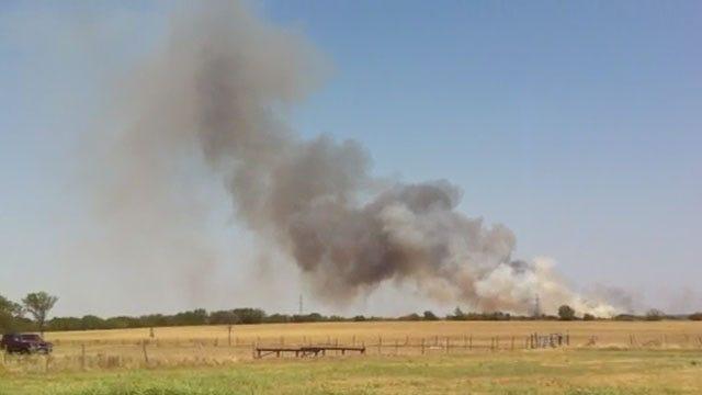 Crews Battle Grassfire In Seminole County