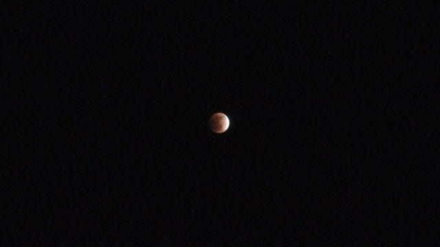 Sky-Watchers Worldwide Get Rare 'Red Moon' Treat