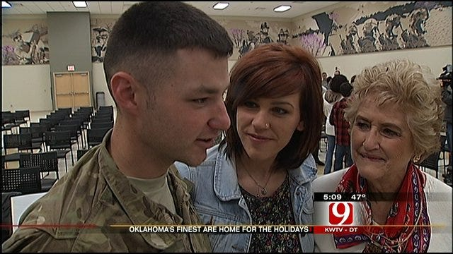 45th Infantry Division Members Come Home For The Holidays