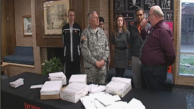 Metro Students Write Thousands Of Letters To Oklahoma Soldiers Overseas
