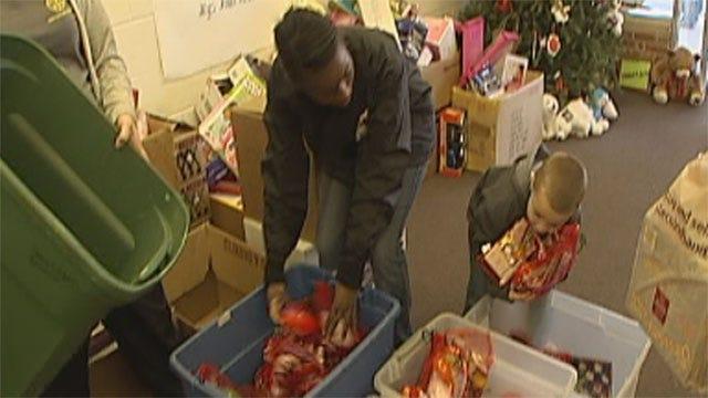 Red Cross Donates Stuffed Christmas Stockings To OKC Non-Profit